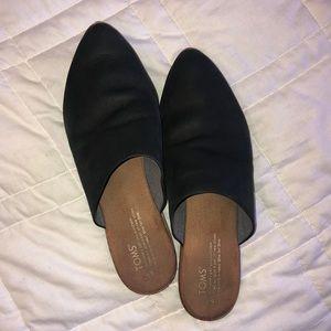TOMS Black Leather Jutti Mule